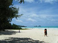 Bellows_beach3